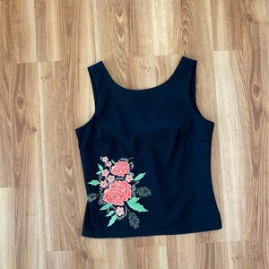 CDC Women's Black Floral Embroidered Top Sz 6